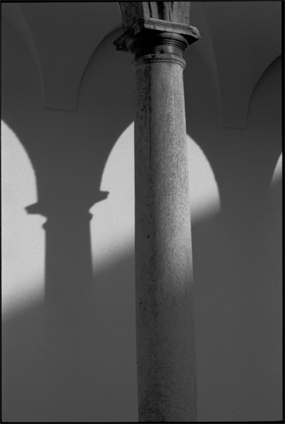 F40N19__Milano_Shadows