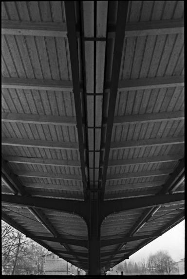 F31_N31a_LiRa_Bahnsteigdach