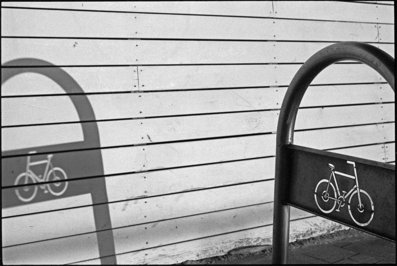 F32_N37_Two bikes_TelAviv_bearbeitet
